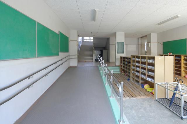 小学校の靴箱